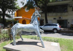 Unicornio, sculture de Ruben Mañas, Resistencia
