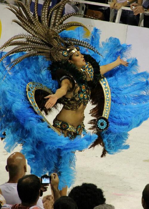 2 Carnaval de Gualeguaychú VOIR DOSSIER AUTRES OPTIONS