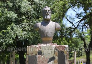 Statue du général Güemes, Resitencia