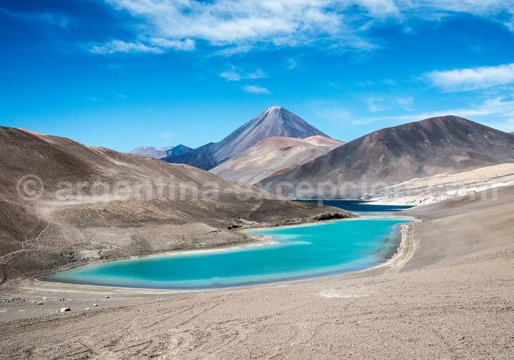 Laguna del Peinado et Volcan El Peinado