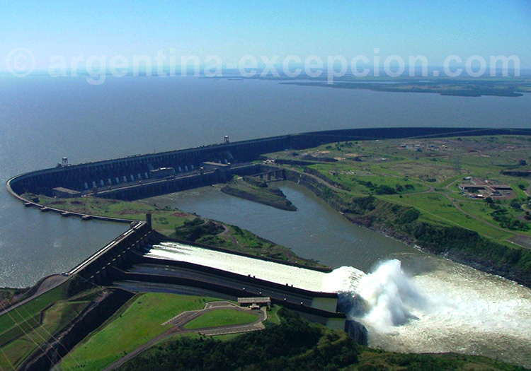Visite du barrage d'Itaipu