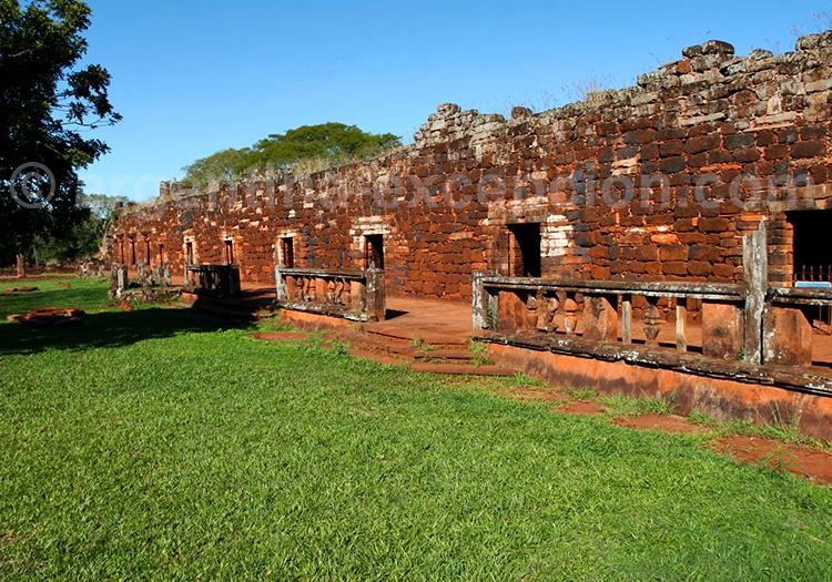 ruines de san ignacio mini, misiones, argentine