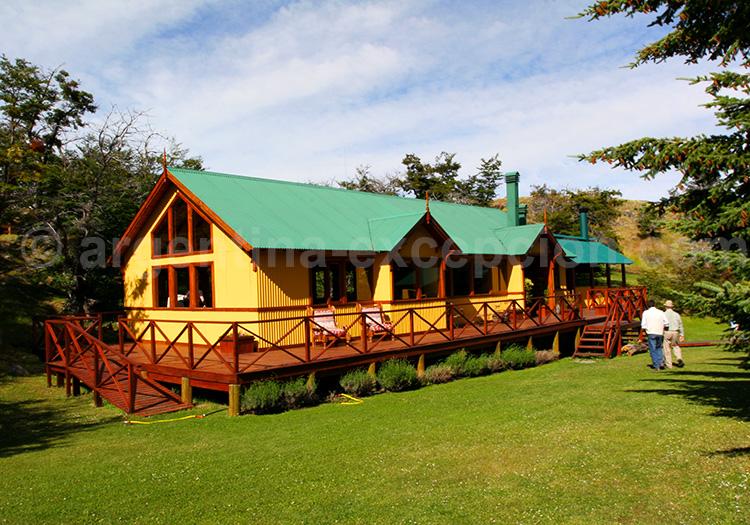 Restaurant La Usina situé entre Calafate et le Perito Moreno