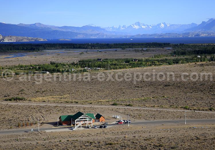 Paso Río Jeinimeni, entre los Antiguos et Chile Chico