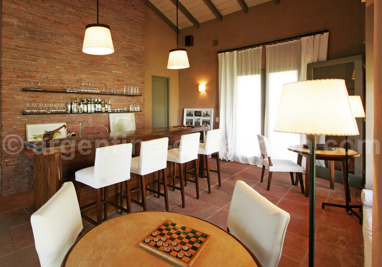 Bar, Hôtel Pira Lodge