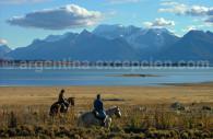 Cabalgata en el Lago Argentino