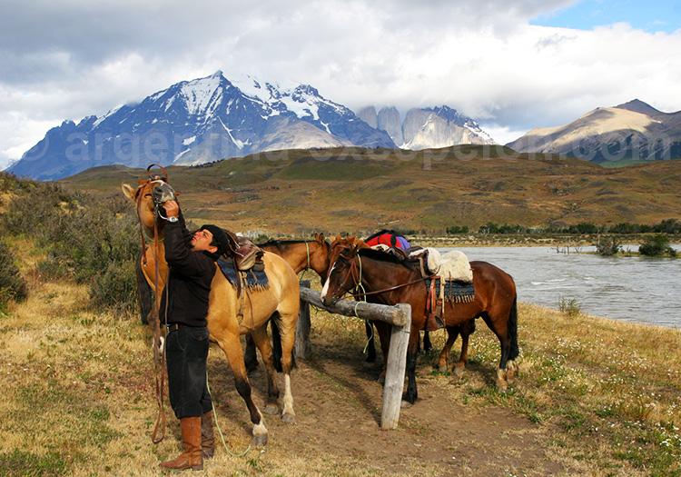 balade à cheval à Torres del Paine