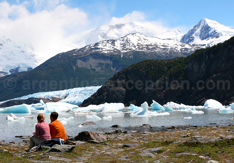 Glacier et baie d'Onelli