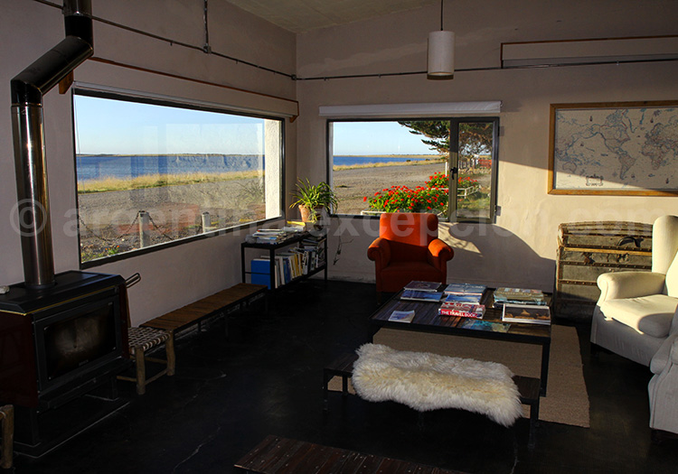 Salon de l'estancia Bahia Bustamante