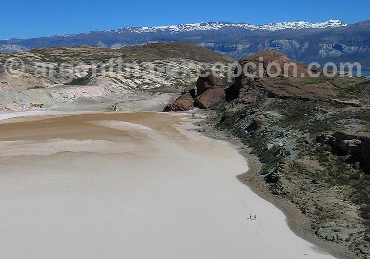 Laguna Colorada, Santa Cruz, Route 40