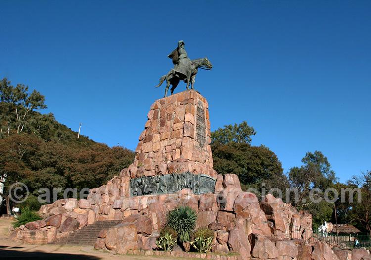 Monument général Guemes, Salta