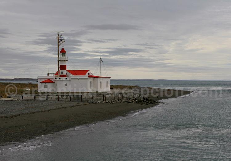 Phare de Punta Delgada, détroit de Magellan