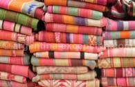 Textile indien sur un marché du Noroeste