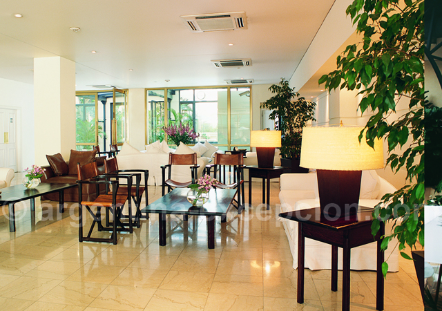 Lobby, Loi Suites Recoleta