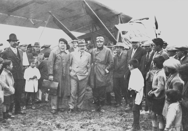 Cambacere, Aloys et St Ex en Patagonie, 1929