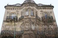 Casa de los lirios Avenida Rivadavia