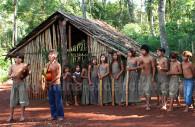Excursión en un pueblo guaraní, Argentina