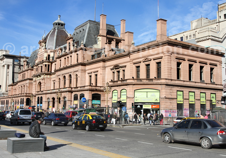Gare de Constitución, Avenue 9 de Julio
