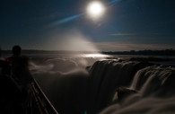 Luna llena en Iguazú