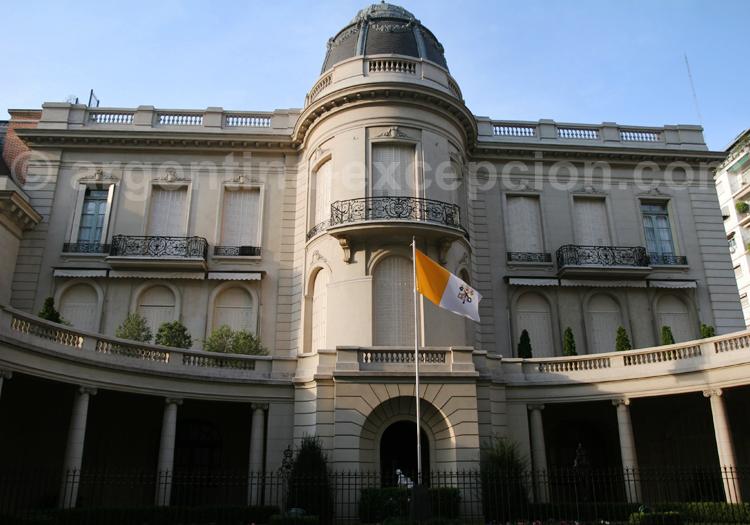 Palais Harilaos de Olmos, ambassade du vatican