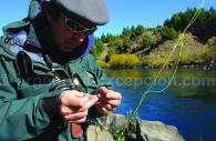 Pesca con mosca, estancia Tipiliuke