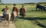 Ponchos gauchos, Argentine