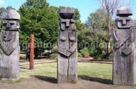 Statues funéraires mapuches