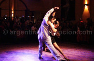 Tango dancing in Buenos-Aires