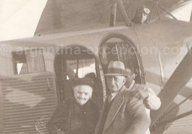 Trelew, vol d'Elena Powell de Jones le 27-05-29 (Archivo Histórico de Trelew)