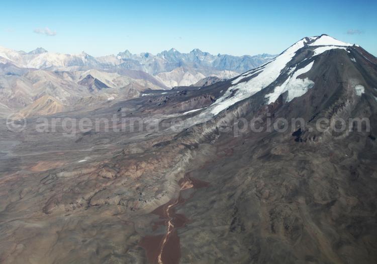 Frontière chilienne et volcan Maipó