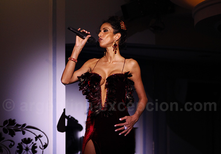 Diva du tango, Café de los Angelitos