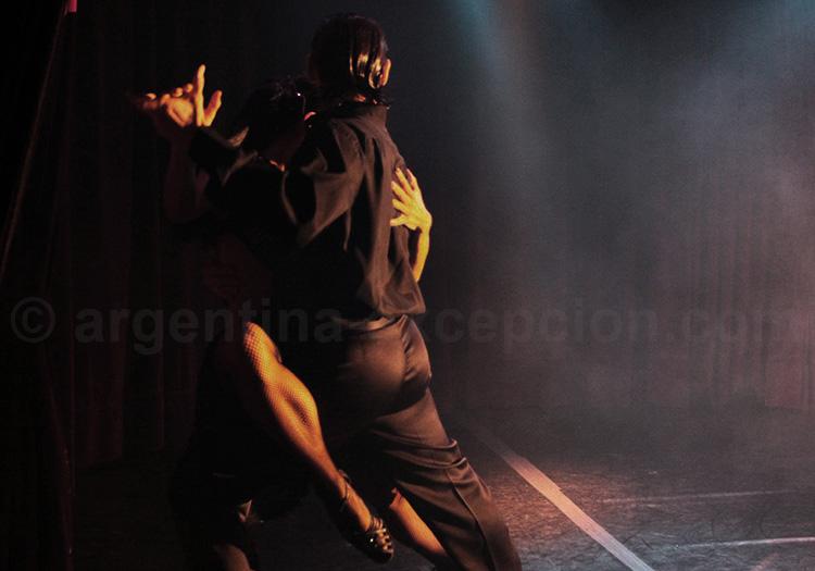 L'abrazo, Rojo tango