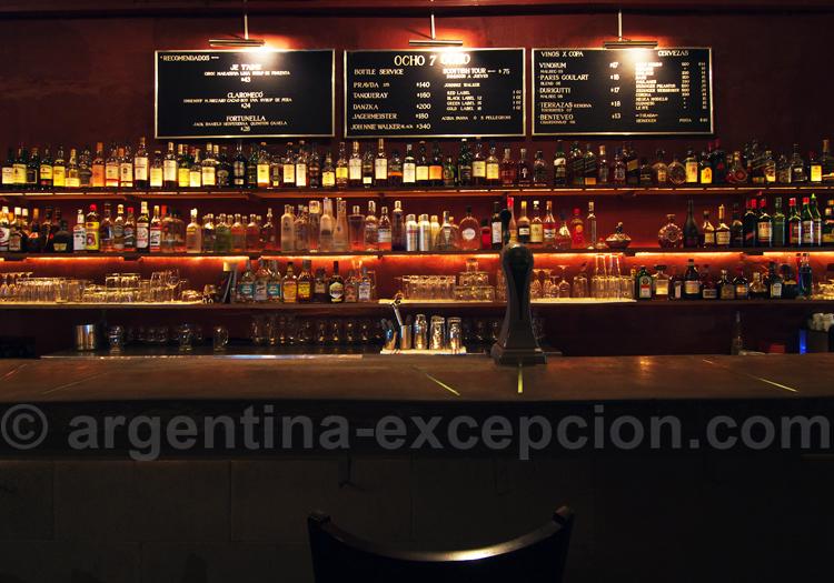 Bar 878, Palermo