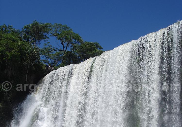Les chutes d'Iguazú au clair de lune