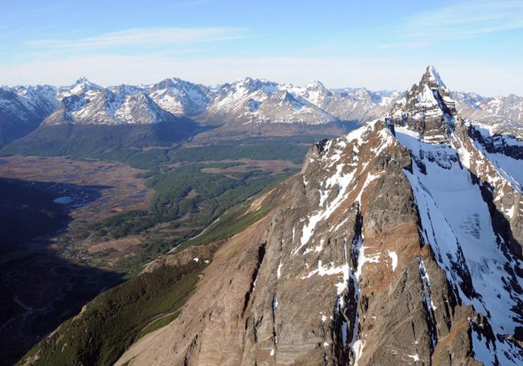 Survol en helico de la vallée Tierra Mayor et du mont Olivia