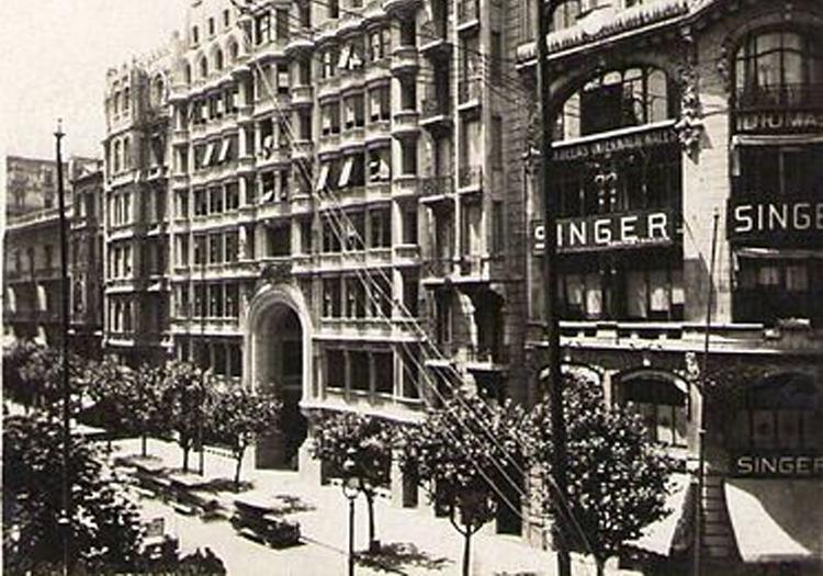 Le Palacio Barolo dans les années 30, photo d'archive crédit Wikimedia Commons