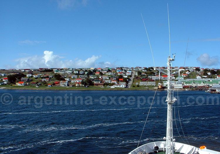Arrivée au Port Stanley - Crédit Mellany van der Hulst