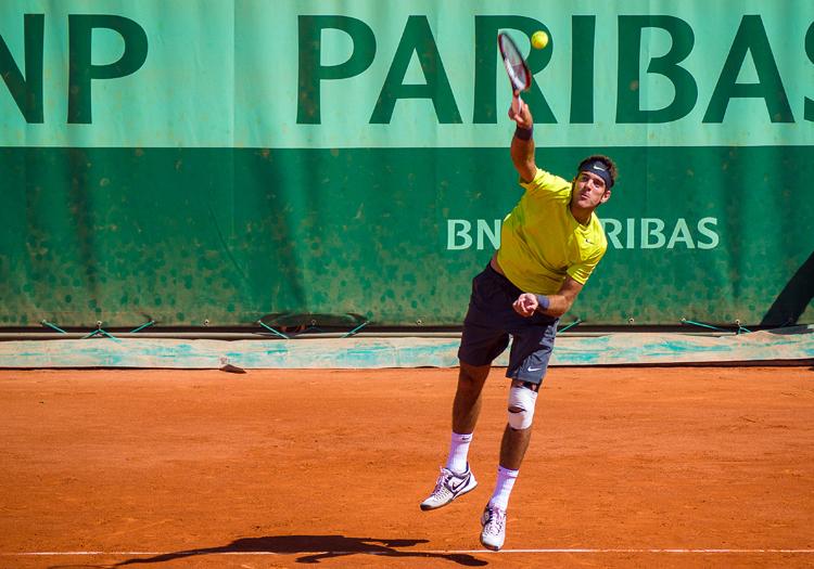 2ème tour Roland Garros 2012 : Juan Martin Del Potro (ARG) def. Edouard Roger-Vasselin (FRA)