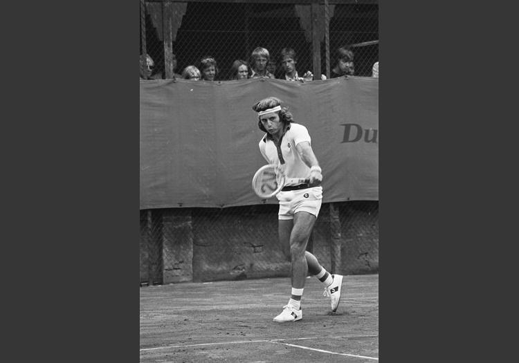 Guillermo Vilas en 1975 - CC Flickr Wikimedia