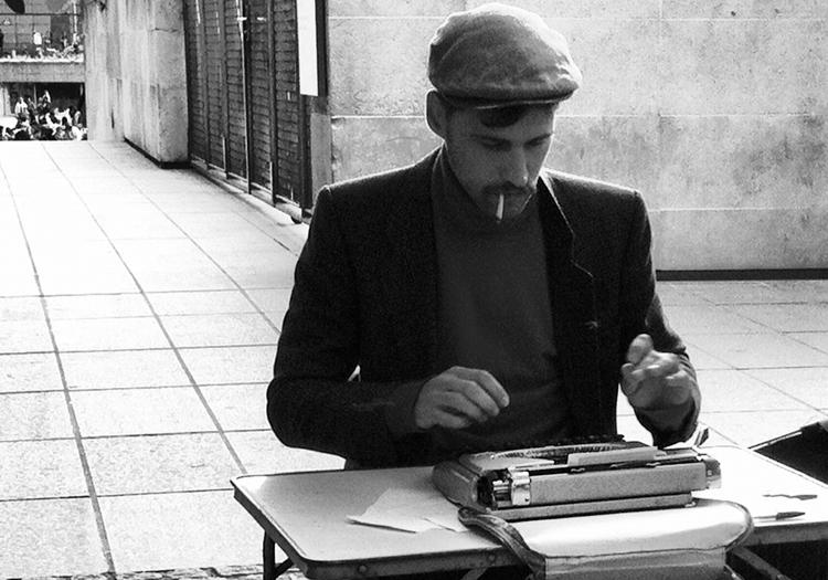Poète public - CC Nicolas Loubet