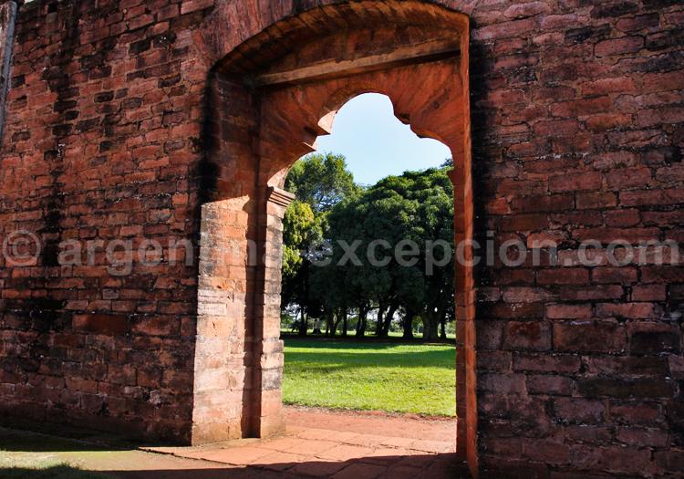 Arche, Jesús de Tavarengue, Paraguay