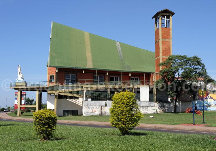 Eglise Stella Maris, Costanera de Posadas