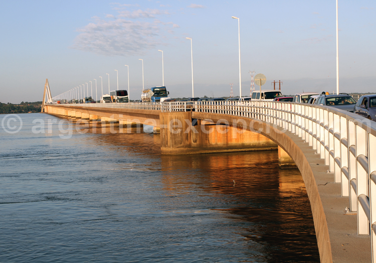 Pont San Roque Gonzalez de Santa Cruz reliant Encarnación et Posadas