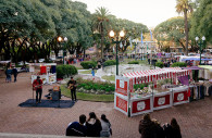 Feria d'artisanat, San Isidro, CC BY-SA 3.0