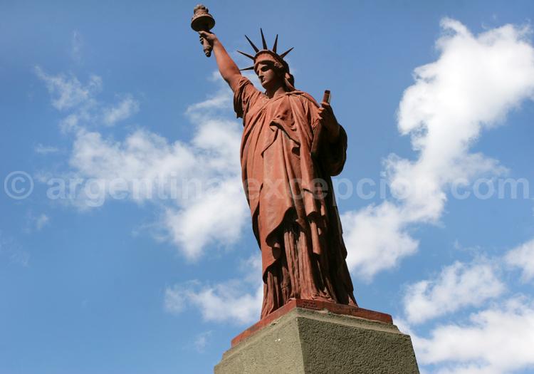 Statue de la liberté, quartier de Belgrano
