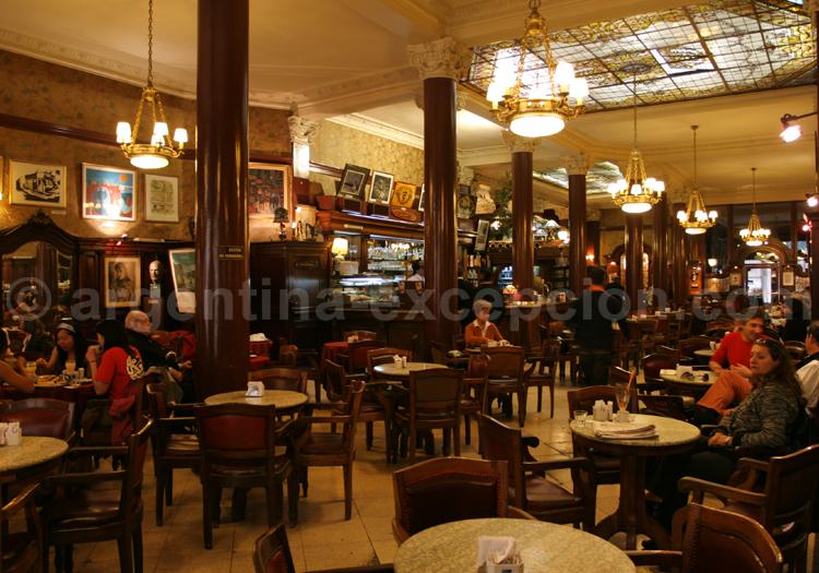 Intérieur du Café Tortoni