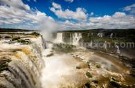 Panorama sur les chutes d'Iguazú