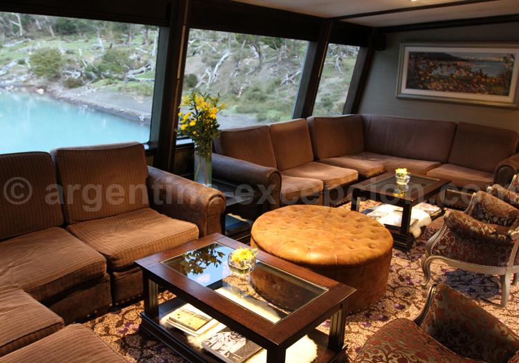 Lounge, bateau Santa Cruz
