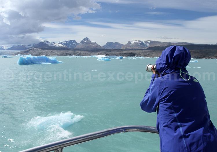 Navigation entre les blocs de glace