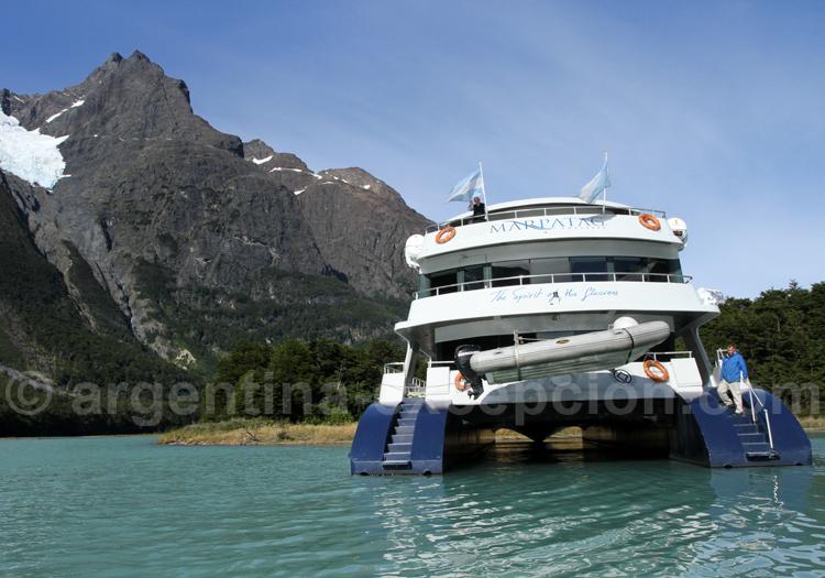 Catamaran Santa Cruz
